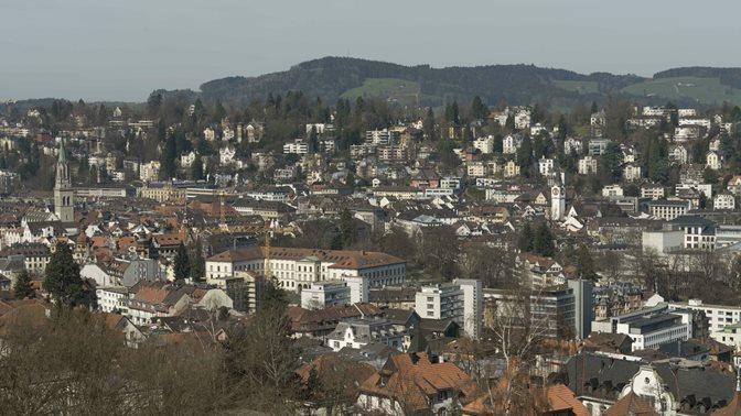 Blick auf die Stadt St.Gallen im Fruehling